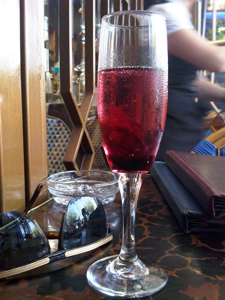 champagne-hibiscus